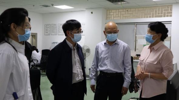 昆明医科大学党委书记尹向阳到我院调研指导